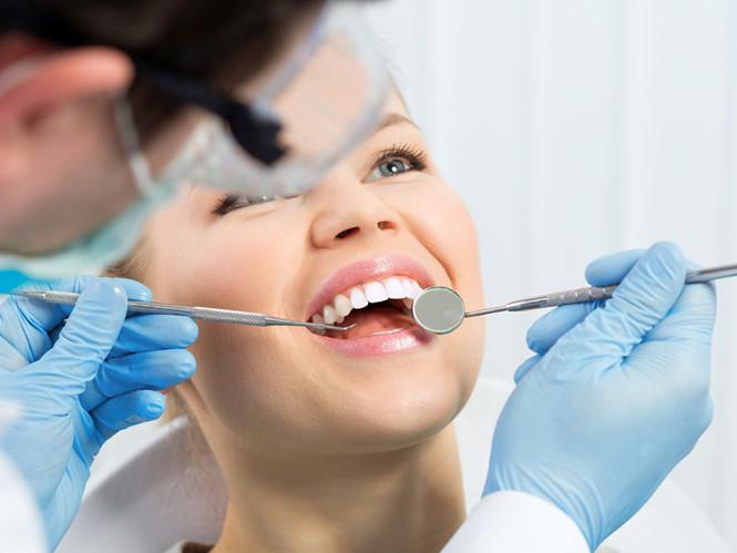 Bọc Răng Sứ Thẩm Mỹ Uy Tín - Ưu Đãi Tháng 8 - Giảm 25% đến 50%