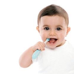 Dạy trẻ vệ sinh răng miệng ngay hôm nay