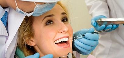 Những lưu ý khi nhổ răng đang bị nhức